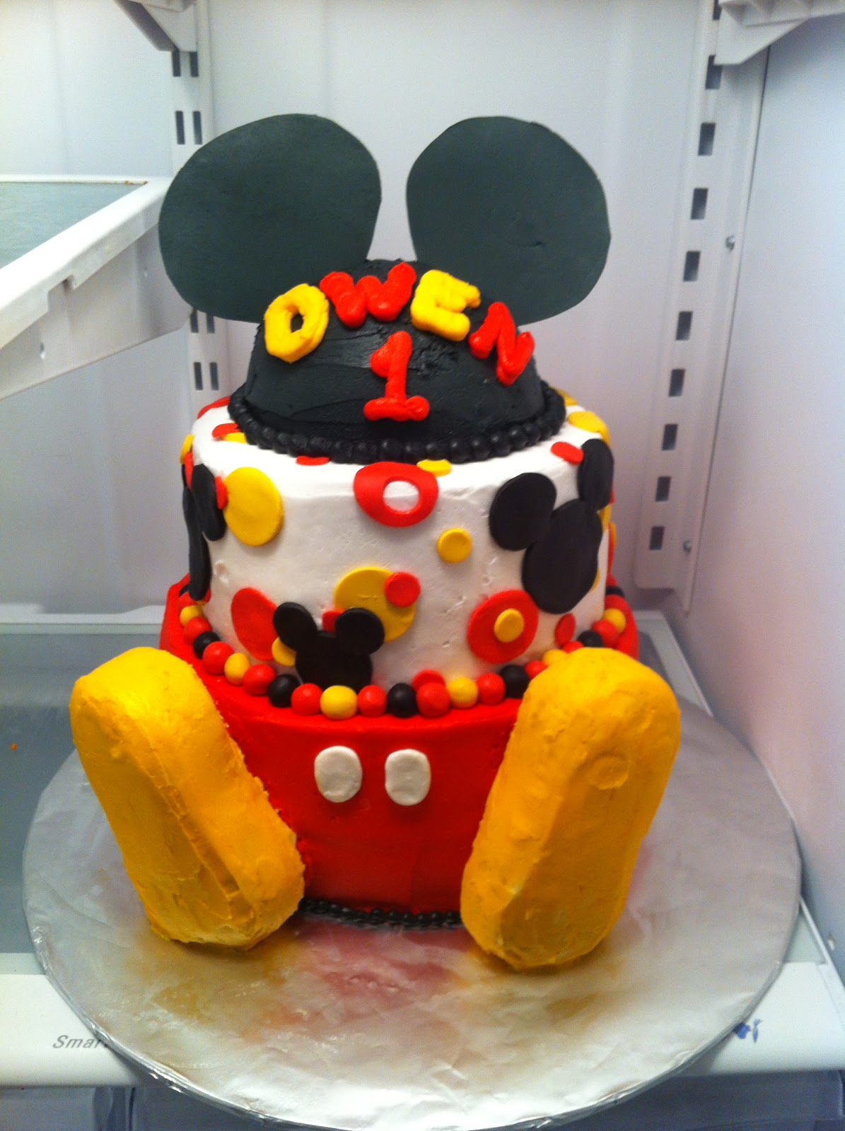 Sarah Jones Cakes Micky Mouse Cake And Minnie Mouse Cake