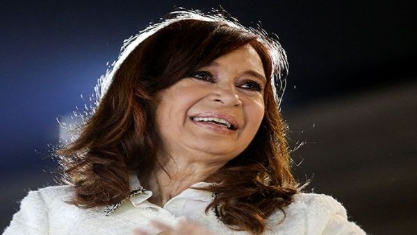 Cristina Fernández califica de persecución juicio en su contra