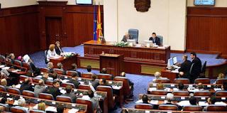 Πέρασε από την Επιτροπή της Βουλής των Σκοπίων η συμφωνία με την Ελλάδα