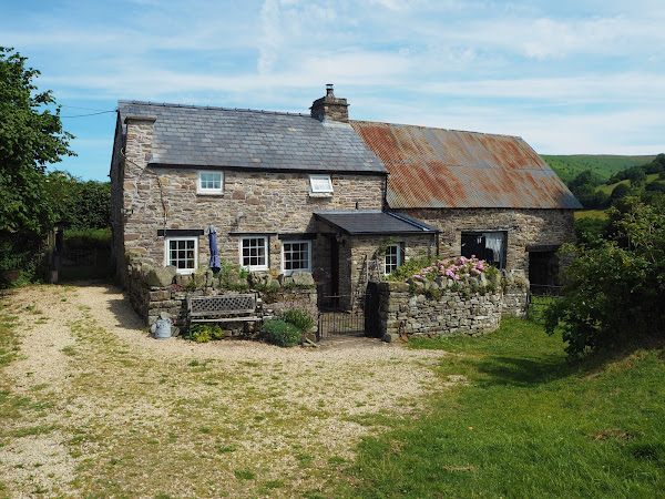 Wine, puzzles & saving sheep: a weekend in Wales