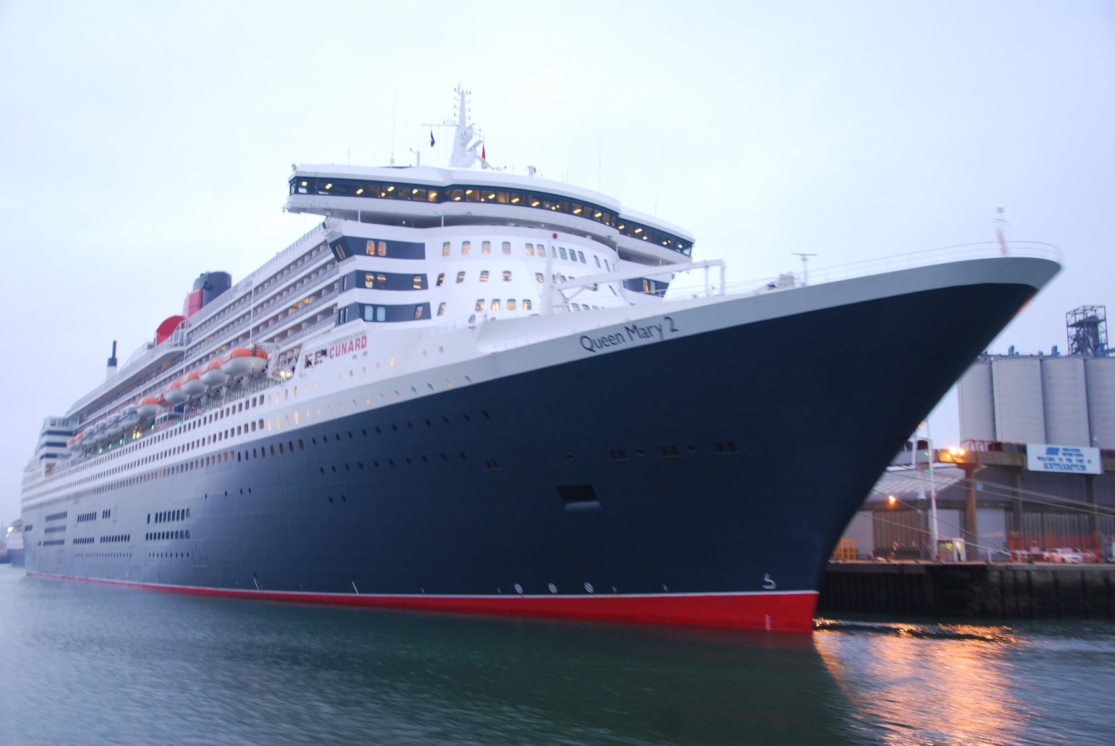 CRUISE SHIPS AND LINERS at Southampton
