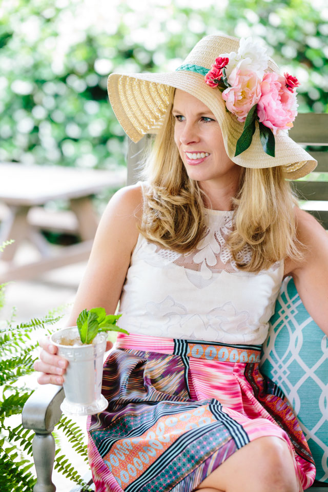 Host your own Kentucky Derby viewing party with these simple entertaining and decor ideas!