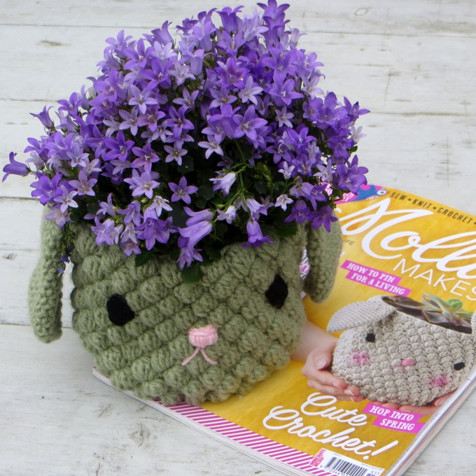 crochet mollie makes bunny pot holder