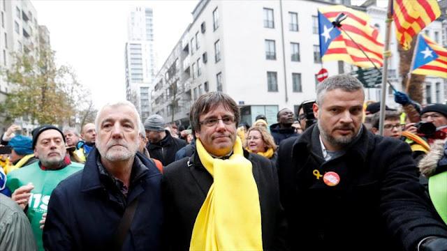 Abogado de Puigdemont contempla que sea detenido en Dinamarca