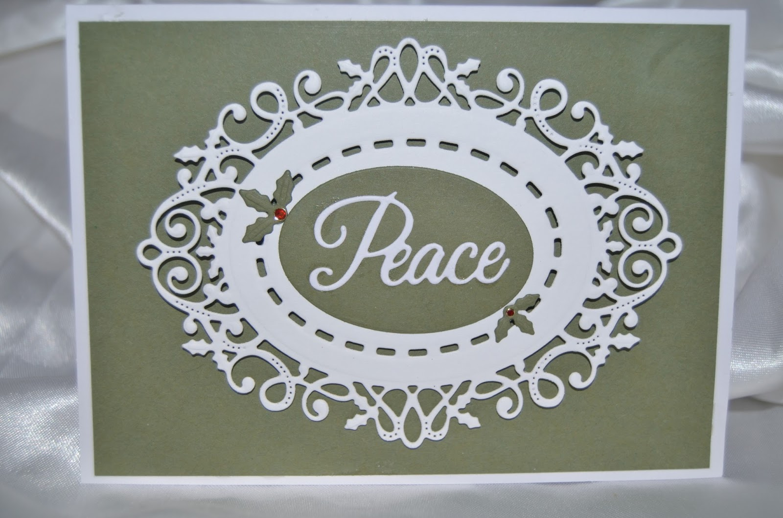 Sue Wilson CED3074 Festive Collection Ornate Holly Framed Peace Dies