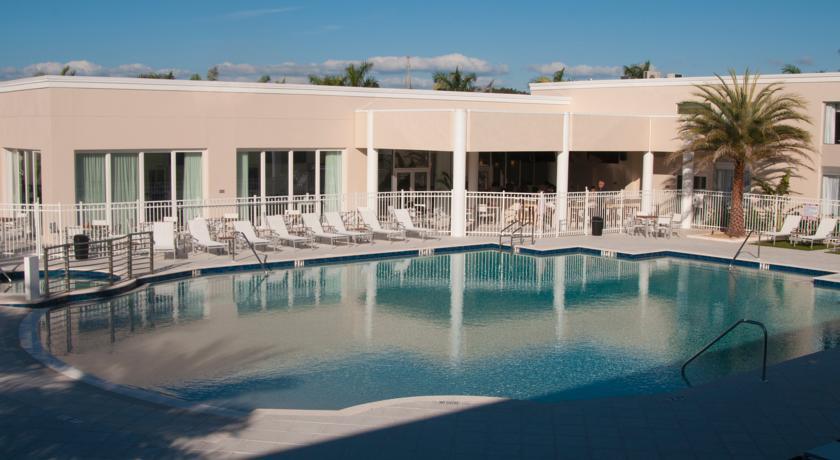 florida hotels reservation the ramada venice hotel venezia. Black Bedroom Furniture Sets. Home Design Ideas
