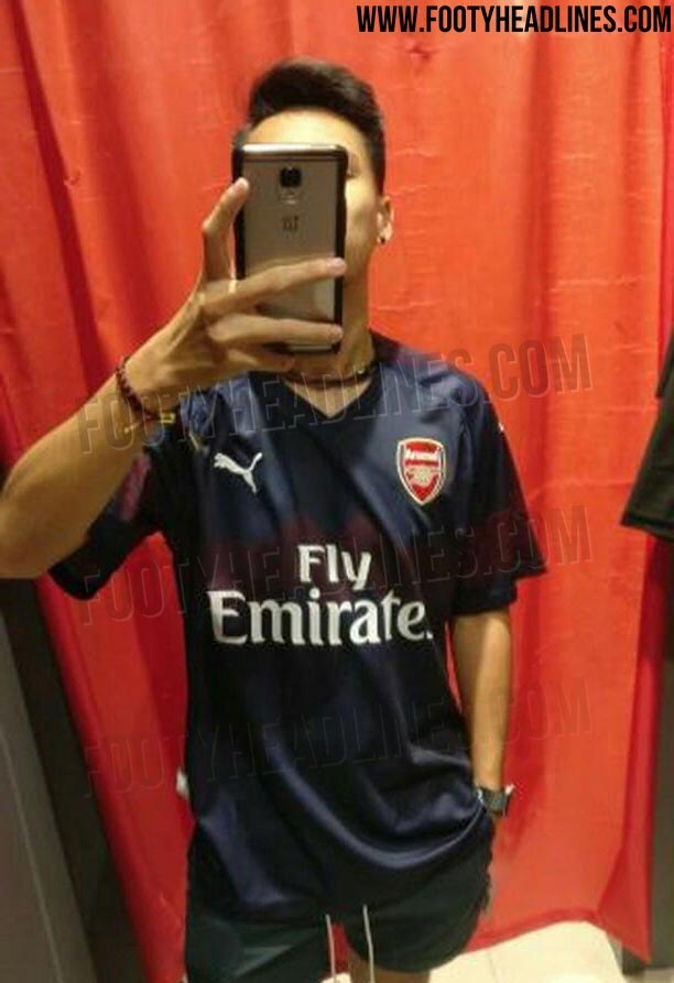 549a01fa7 Best Real Picture Yet - Arsenal 18-19 Away Kit Leaked