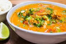 طريقة عمل وصفة حساء فواكه البحر موكيكا بيانا Moqueca baiana البرازيلية
