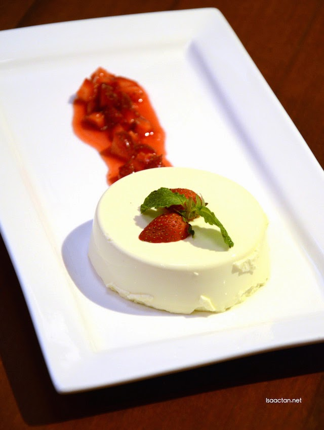 Satisfying  - Lemongrass Panna Cotta (RM15)