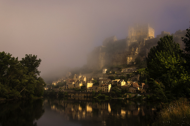 Dordogne River,the prettiest river journeys in Europe