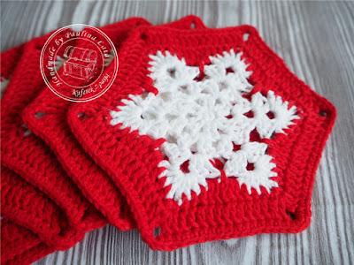 Śnieżynkowe podkładki w czerwieni