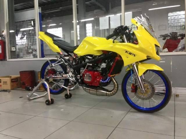 Gambar modifikasi ninja rr mono 150 jari jari drag airbrush racing look  jadi trail touring terkeren. Modifikasi Motor Ninja Rr Warna Hitam