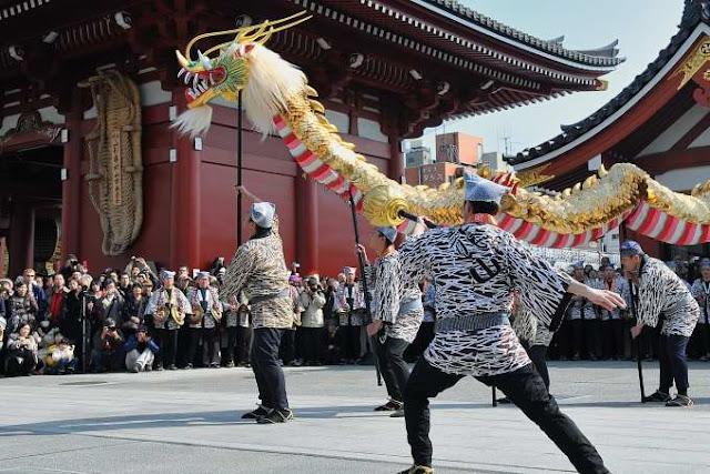 Jigen-e (Gold Dragon Festival) at Asakusa-Kannon, Taito, Tokyo