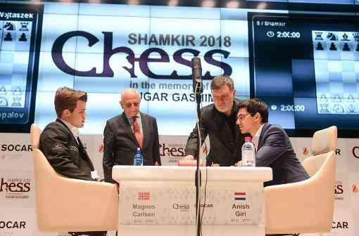Nouvelle victoire pour Magnus Carlsen qui bat Anish Giri avec les pièces noires - Photo © Shamkir Chess