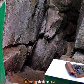 gua jaran wisata dataran tinggi dieng