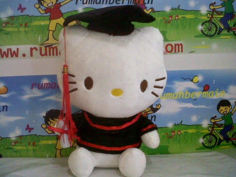 Gambar gratis boneka hello kitty wisuda
