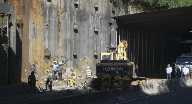 Trânsito no túnel Acústico deve ser normalizado até segunda
