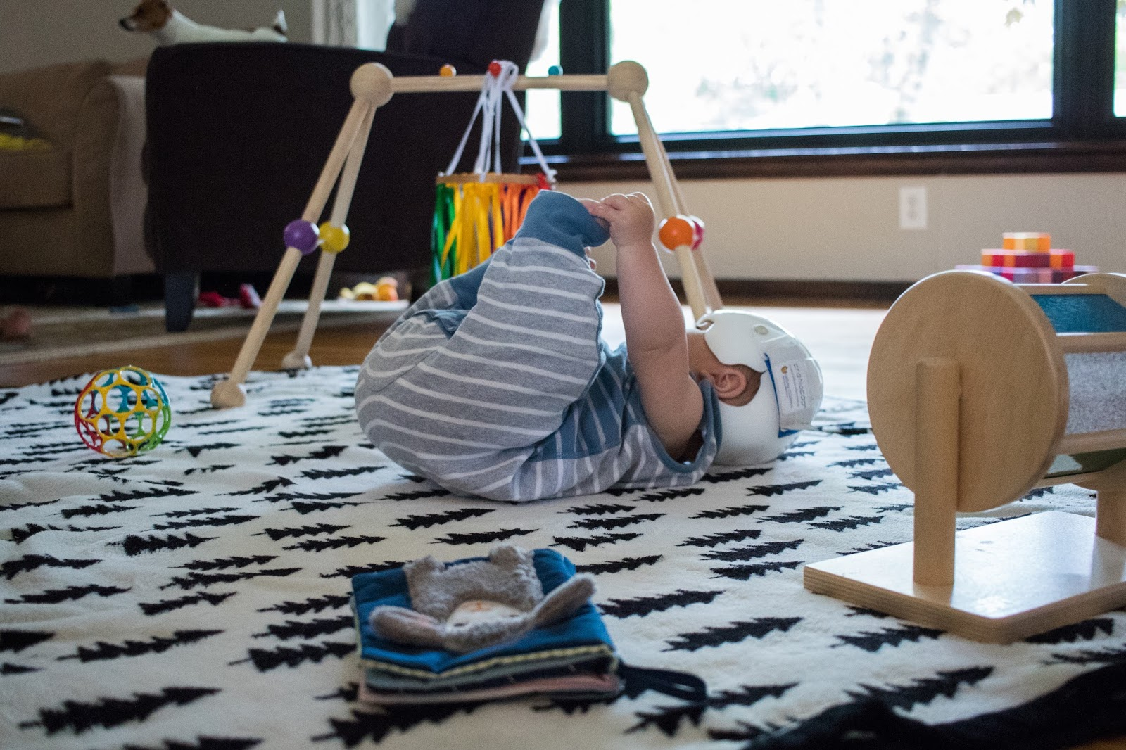 Creating A Space For Play Montessori Baby Week 24