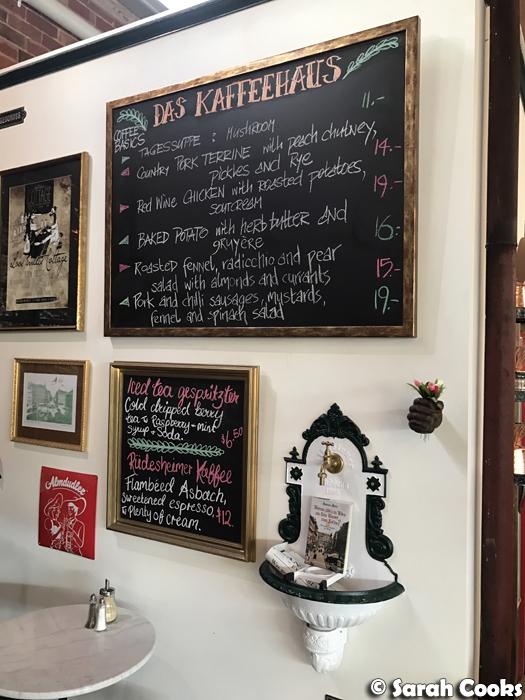 Das Kaffeehaus Specials Board