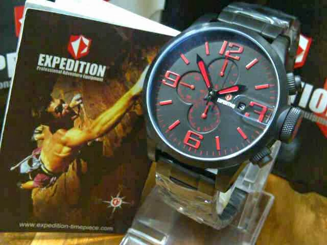 Expedition E 6386 Black Red