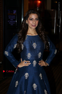 Bollywood Actress Juhi Chawla Launchs Better Homes 10th Anniversary Celetion Cover  0005.JPG