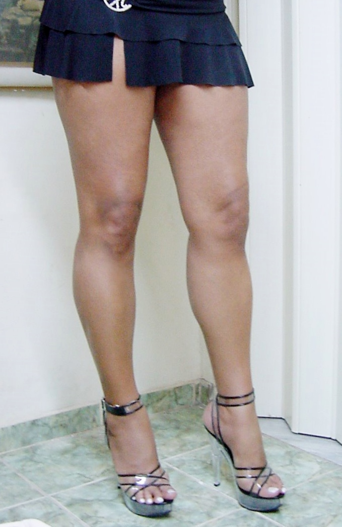 Las piernas de una nena en la combi yuc urbano - 1 9