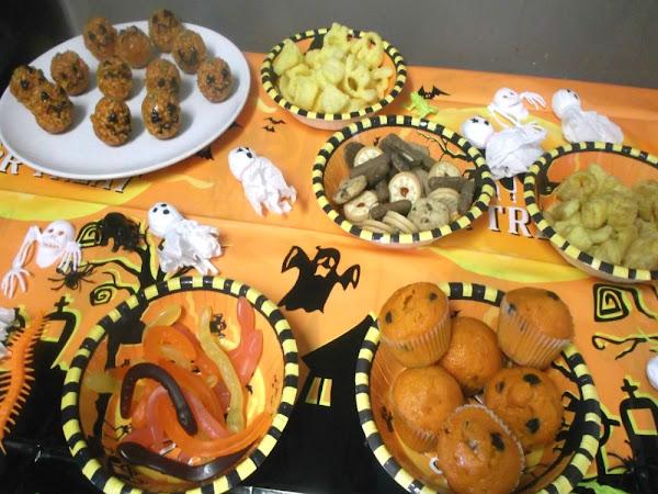 Halloween! - Pumpkins & Party!
