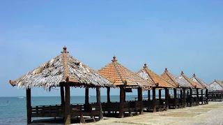 Keindahan Pantai Kartini