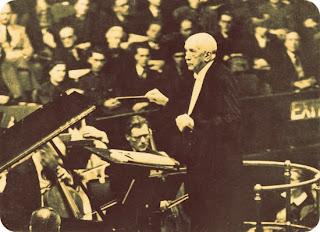 "Richard Georg Strauss: Compositor de ""Assim Falou Zaratustra"""