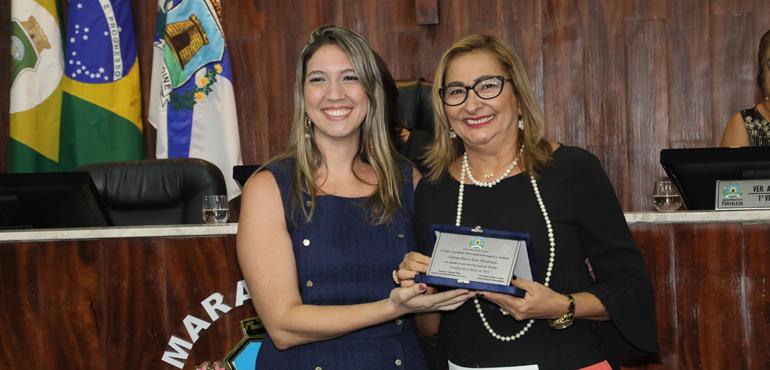 ... contra a Mulher de Fortaleza, foi homenageada pela Câmara Municipal de  Fortaleza (CMFor) durante sessão solene em homenagem ao Dia Internacional  ... 245a1d2376