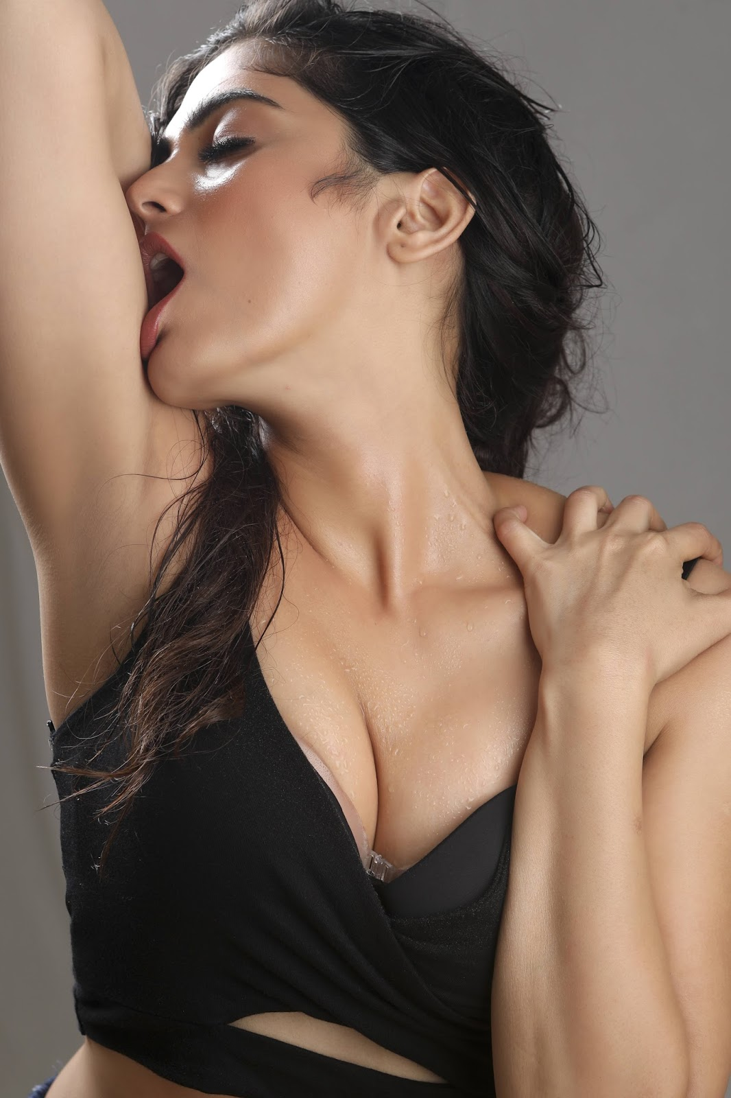 Hottest Photoshoot From Naina Ganguly - South Indian Actress-5777