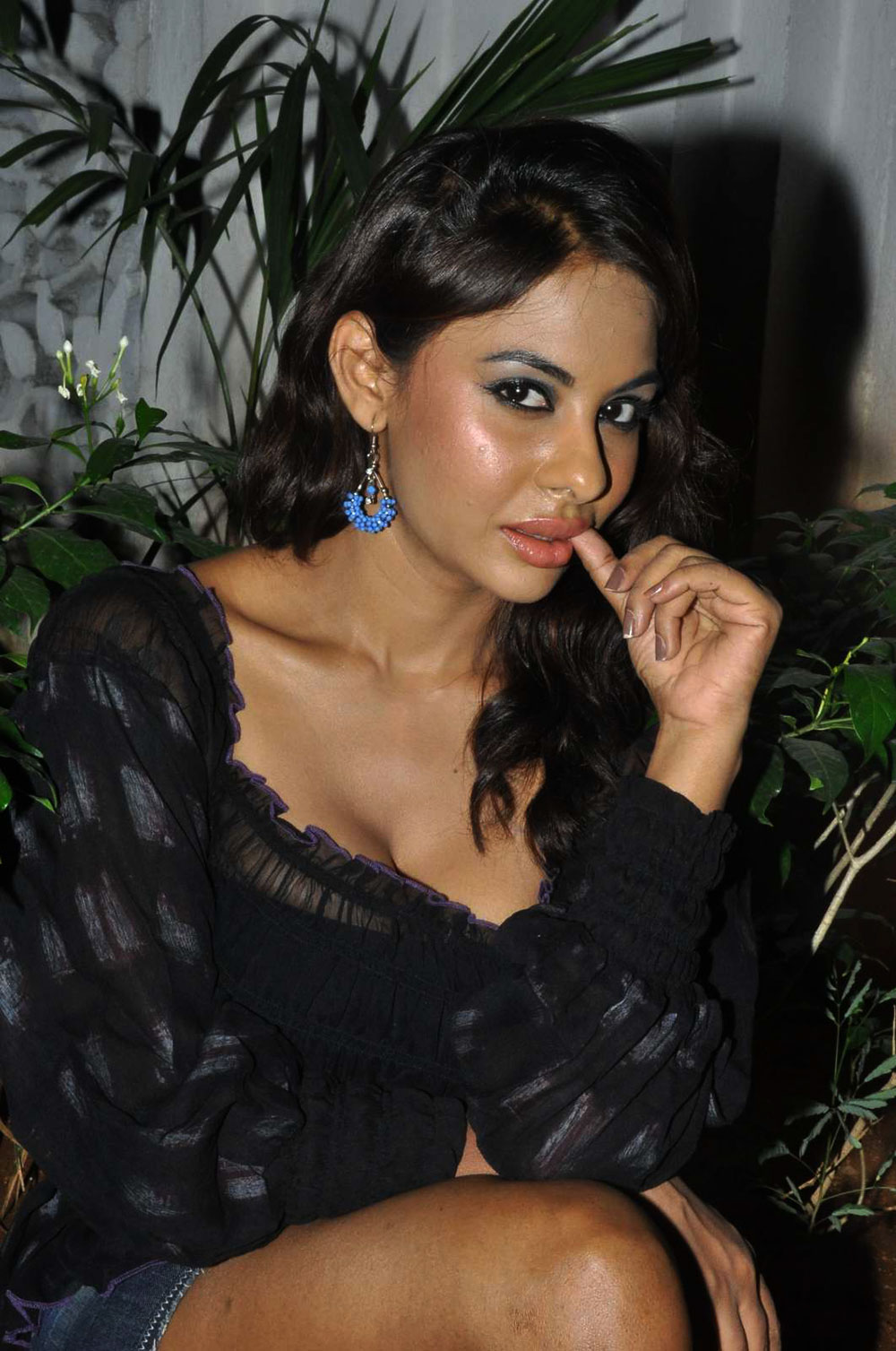 actresses nudes (78 foto) Young, YouTube, cleavage