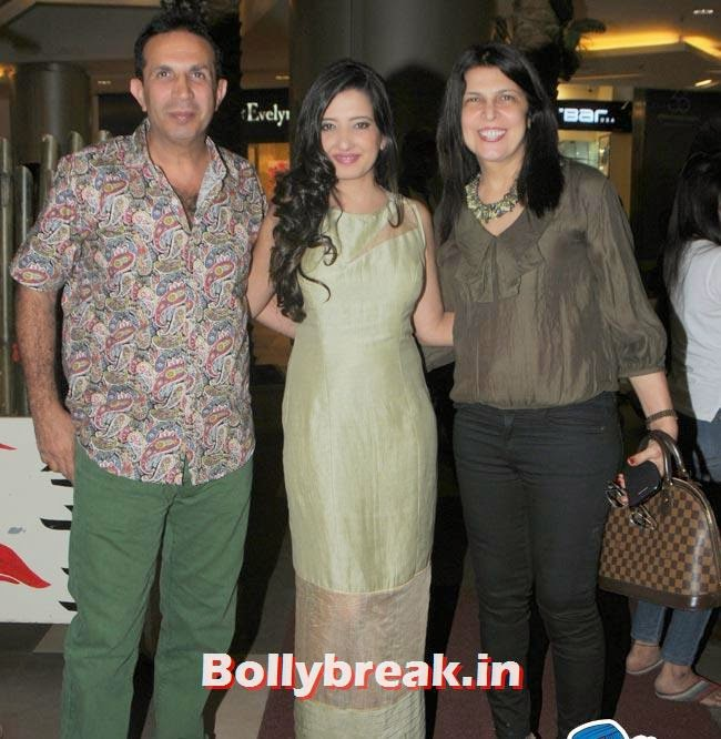 Parvez Damania with Wife and Amy Billimoria, Make a Wish Foundation Fundraiser Fashion Show