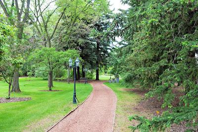 Trochu Arboretum