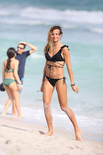 Kelly Bensimon Sexy fiugre iN Black Bikini hot abs December 2016