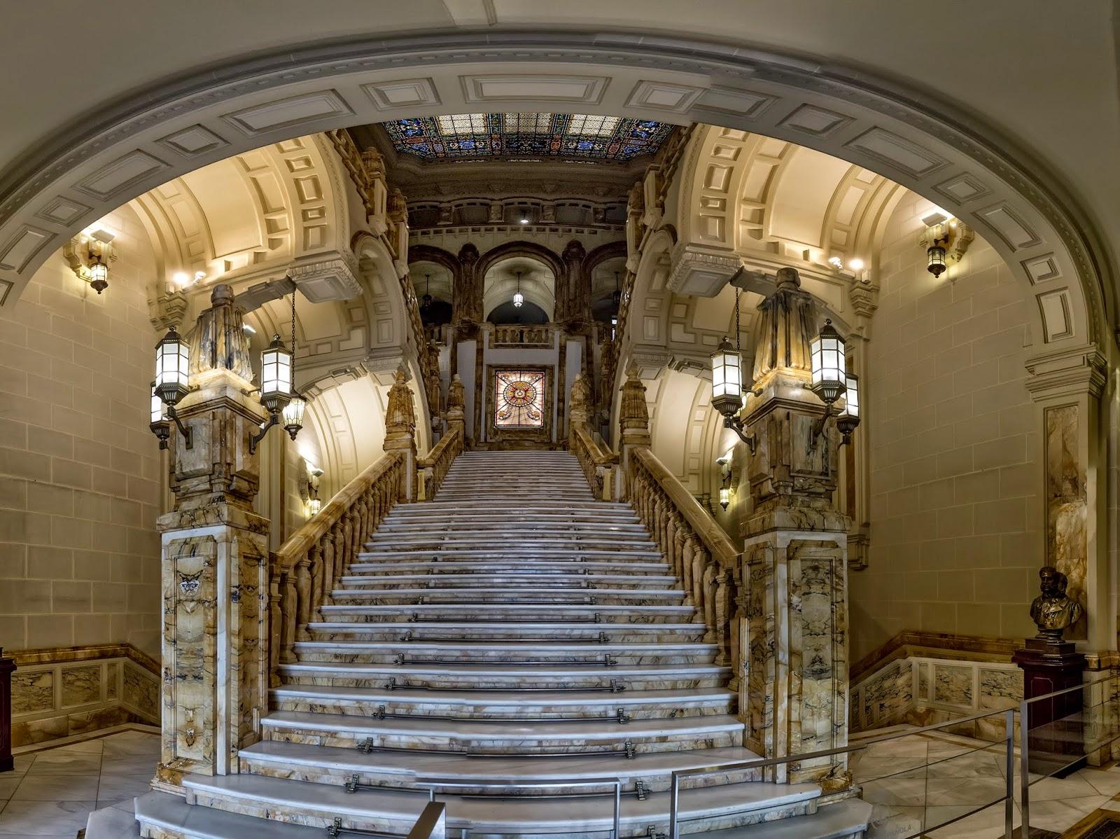 Araceli rego del leo al cincel escalera y cuartel for Ministerio de interior madrid
