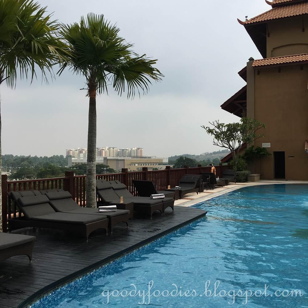Goodyfoodies Hotel Review Pullman Putrajaya Lakeside One Bedroom Apartment