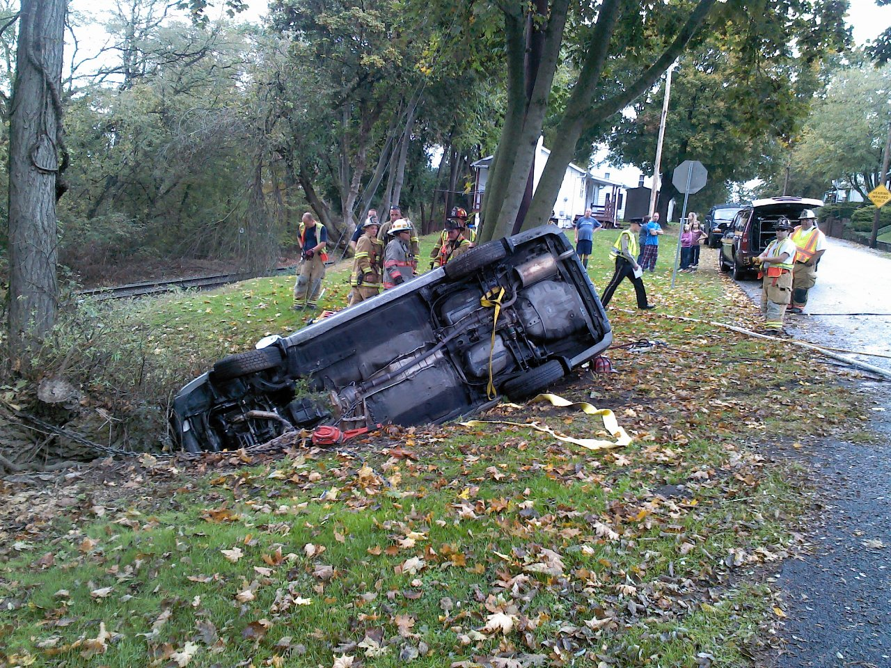 Vehicle Accident News Stories & Articles: Family sustains