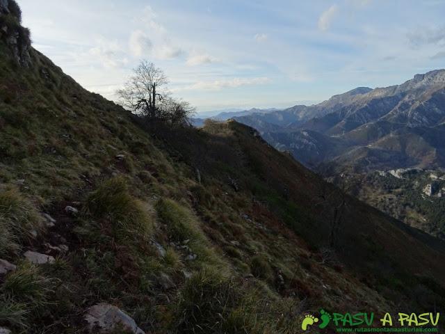 Sierra de Juan Robre: Bordeando Cabeza Robre