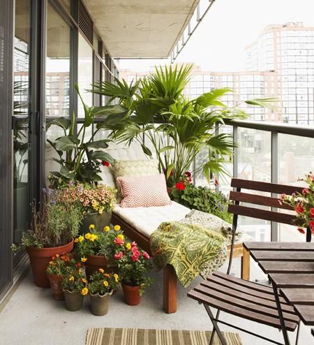 Ev dekorasyon hob balkon dekorasyonu for Zen style balcony