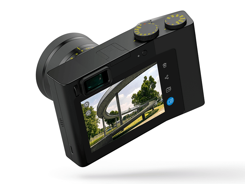 at the back is the electronic viewfinder, the display, hot shoe mount, buttons and dials!