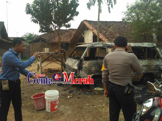 Lima Tahun Mangkrak,  Ambulance Dinkes Pringsewu Terbakar