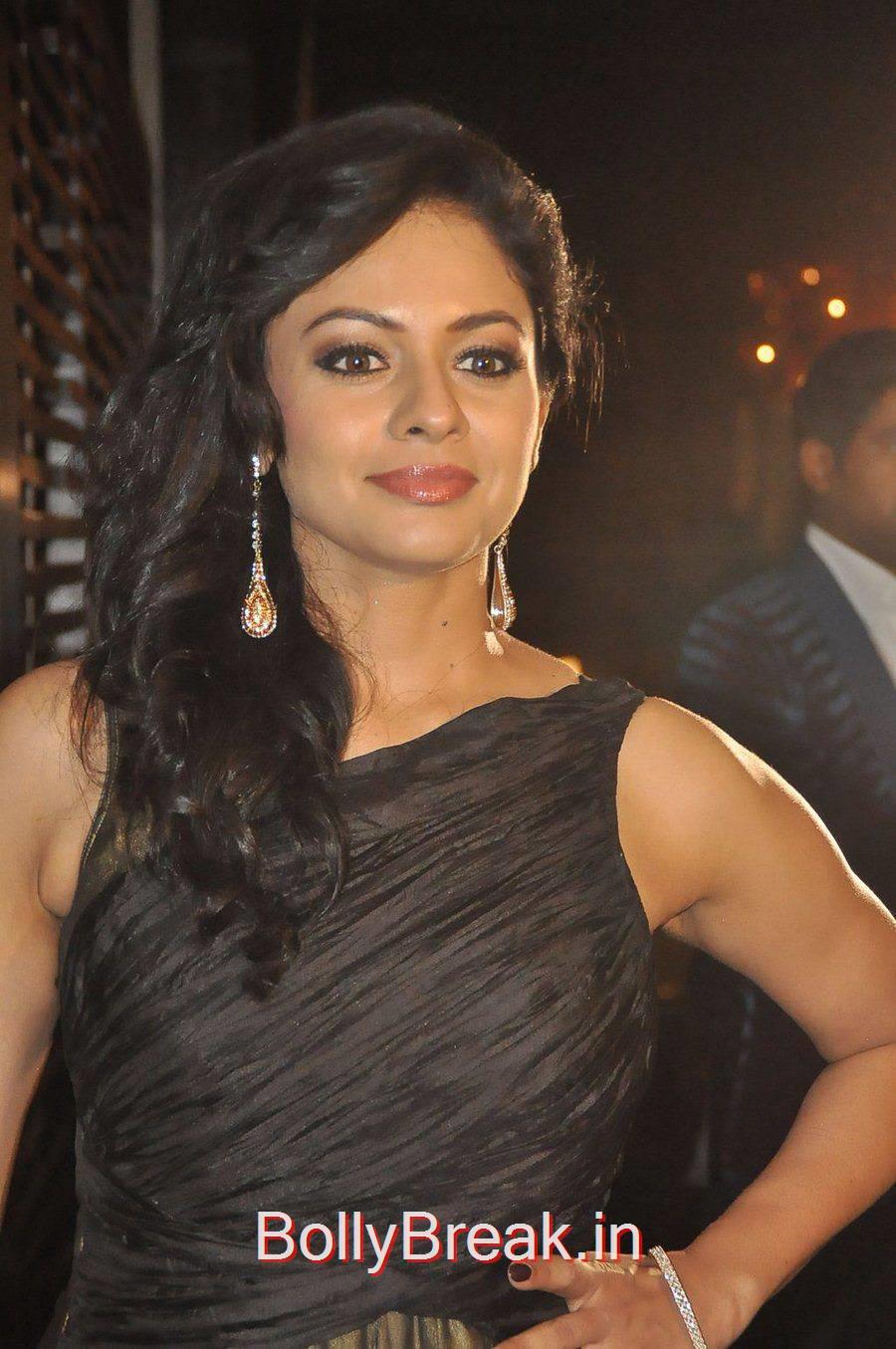 Pooja Kumar Photo Gallery, Actress Pooja Kumar Hot Pics from Brew Magazine Launch