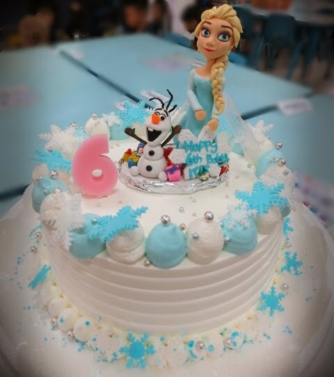 Kissing Snowman Cake Topper