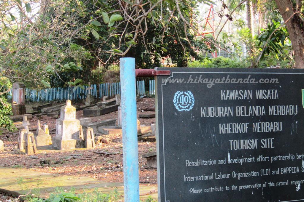 Hasil gambar untuk Kuburan Belanda di Pulau Aceh