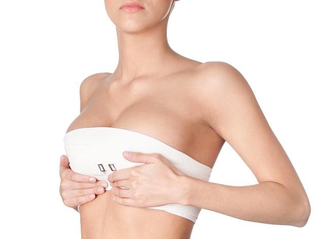 nâng ngực bằng mỡ tự thân có tốt không