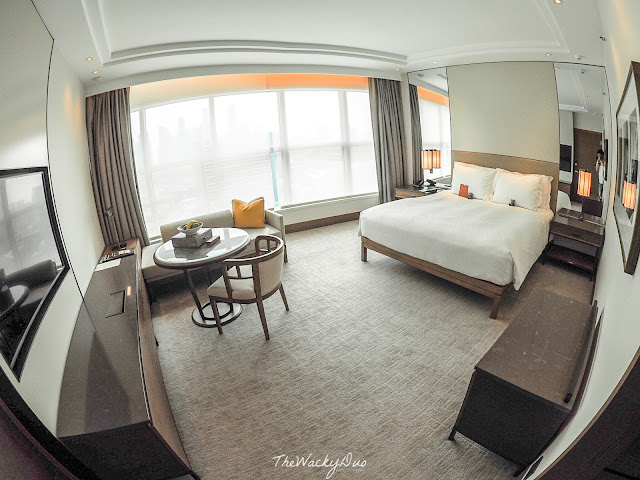Conrad Executive Room Singapore