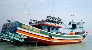 dan kapal cargo antar pulau khususnya d Kabar Terbaru- KAPAL KAYU TRADISIONAL