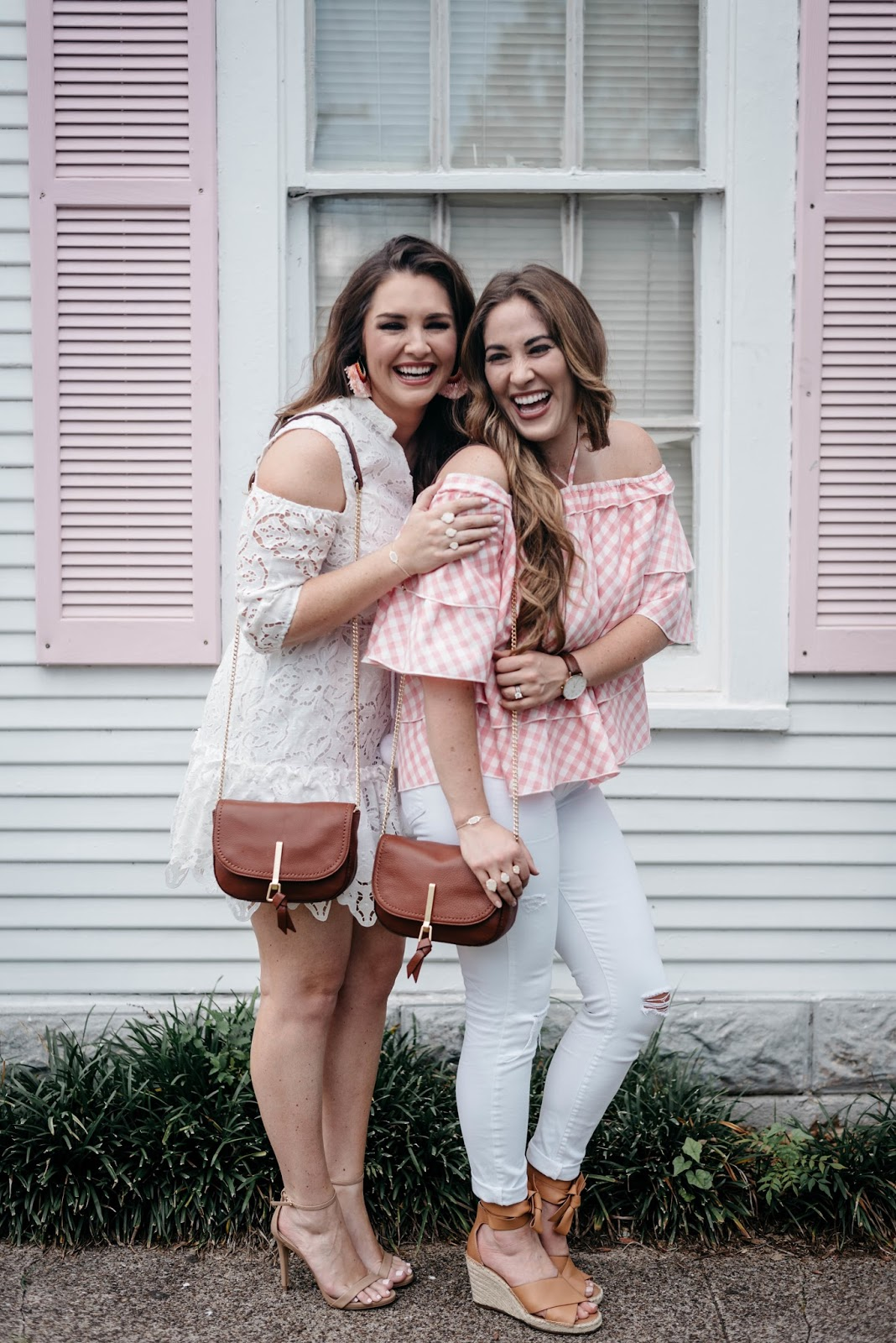 Tips for Successful Clothes Shopping Online by fashion blogger Laura of Walking in Memphis in High Heels