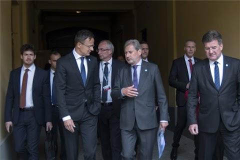 Szijjártó: az eurázsiai szabadkereskedelmi térség létrehozása Magyarország és Európa érdeke is
